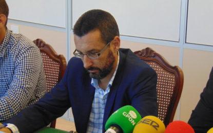 El alcalde solicita una reunión al presidente de la Junta para abordar un plan específico para la ciudad