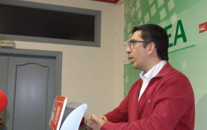 Eustaquio Macías:»Chacón y su Ejecutiva tienen que marcharse del PSOE de La Línea»