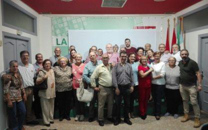 Juan Chacón, candidato a la secretaría local del PSOE linense, ha hecho un acto de convivencia en la sede socialista