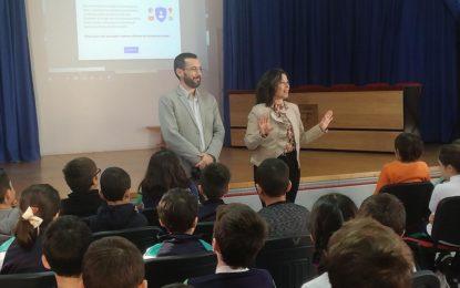 El área de Desarrollo Sostenible de la Diputación colabora en talleres sobre valores del mar en centros educativos de La Línea