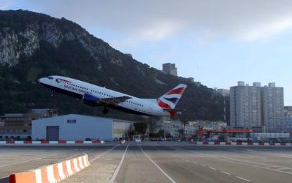Gibraltar introduce un formulario para pasajeros que vuelan al Peñón para facilitar el rastreo y las medidas de prevención ante el Covid-19