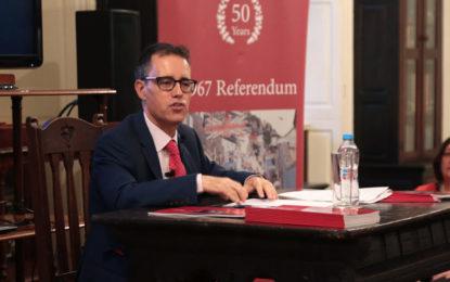 El Viceprimer Ministro de Gibraltar, Joseph García,     da el mensaje de                   Año Nuevo 2019