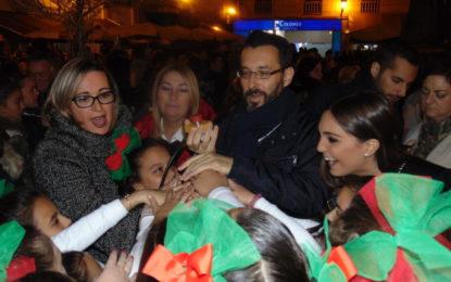 La Línea ya cuenta con sus luces de Navidad, que tiene las críticas de Apymell por el reparto de las mismas en las calles