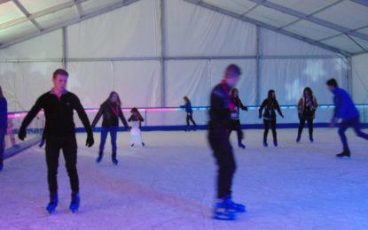 Festejos confirma el montaje de la pista de hielo natural en la zona del dormitorio de feriantes del parque Princesa Sofía