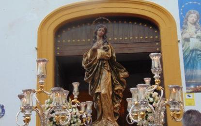 Devoción en La Línea con la procesión de la Patrona, la Inmaculada Concepción