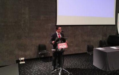 El PSOE de La Línea comenzó a celebrar esta tarde sus 40 años de existencia