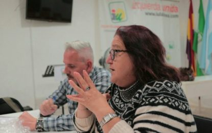 IU condena los ataques a Podemos