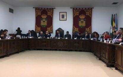 El pleno aprueba inicialmente la RPT con el único voto en contra del PSOE