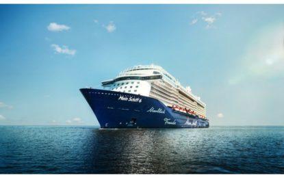 El crucero Mein Schiff 6 hizo su escala inaugural en Gibraltar el pasado domingo reafirmando la apuesta de TUI Cruises por Gibraltar con otras 24 escalas previstas para este año