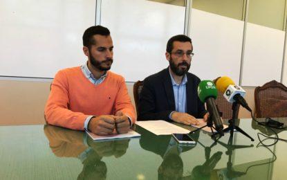 El alcalde considera que La Línea de la Concepción debería albergar las reuniones en torno al Brexit