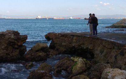 Se llevan a cabo trabajos en Camp Bay para preparar la temporada de baños en Gibraltar