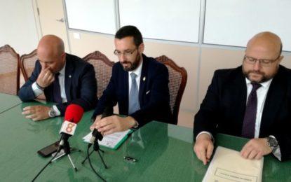 Juan Chacón comparte la indignación del pueblo de La Línea por las ayudas a Ceuta y Melilla y no a esta ciudad