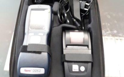 El Ayuntamiento adquiere un dispositivo para realizar un test de saliva de detección de drogas en conductores