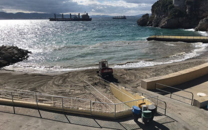 Se llevan a cabo obras de mejora en diversos sitios y playas de Gibraltar para paliar los efectos de las tormentas y mejorar los espacios del Peñón