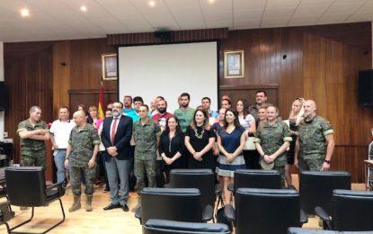 """Clausurado el taller de empleo """"Campamento"""" con la presencia de la concejal Encarni Sánchez"""