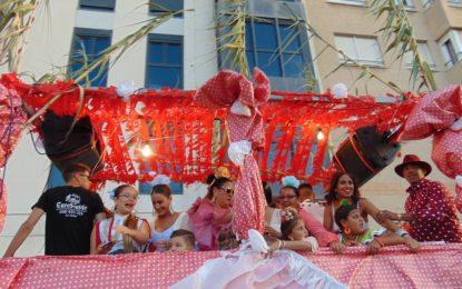 Un bando municipal regulariza la celebración del Domingo Rociero y la cabalgata de feria