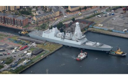 El HMS Duncan atraca en Gibraltar tras liderar una exitosa misión marítima de la OTAN en las aguas meridionales europeas