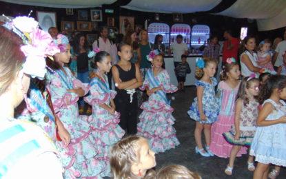 Fiesta infantil en la Caseta Amigos de La Pilar