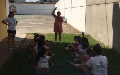 El Centro Provincial de Información a la Mujer y el Ayuntamiento imparten un taller de igualdad infantil