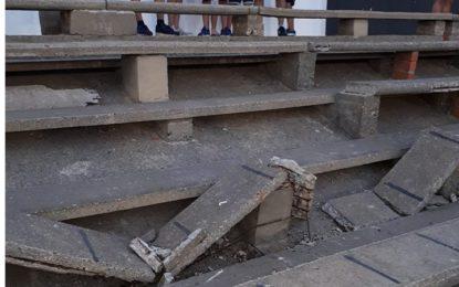 Ciudadanos La Línea denuncia la dejadez del Ayuntamiento en cuanto al mantenimiento de las infraestructuras municipales