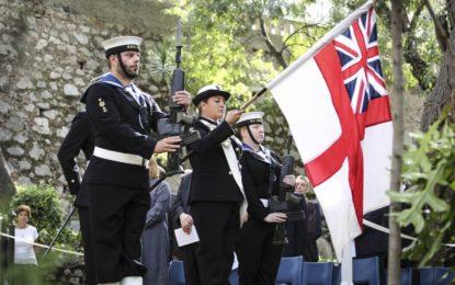 Gibraltar y la Royal Navy recuerdan a los que lucharon por la victoria en Trafalgar en una ceremonia formal en el 213º aniversario de la batalla