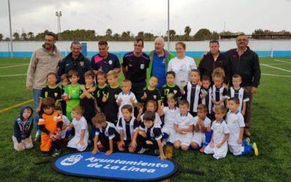 Una jornada de convivencia entre equipos de fútbol base reinauguró el campo Izaguirre