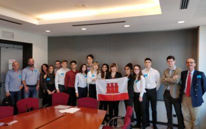 Doce estudiantes de Gibraltar comparten sus impresiones tras sus visitas a las instituciones de la UE