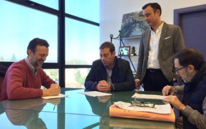 Firmado el contrato para la redacción del proyecto de peatonalización y reurbanización del centro urbano