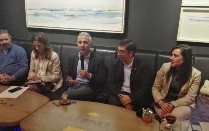 Reunión sectorial sobre cultura y educación del PSOE en La Tetería de La Línea