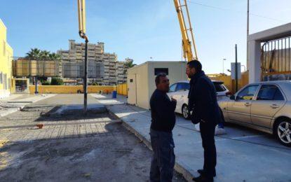 El alcalde visita las obras de acondicionamiento en el aparcamiento del edificio de Hacienda