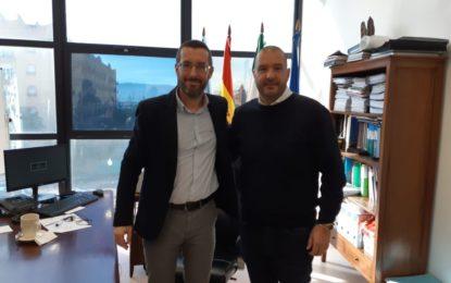 El alcalde traslada al presidente de la Balona el proceso de licitación de las obras de demolición de la visera del Estadio Municipal