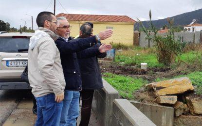El Ayuntamiento acomete obras de urgencia para la limpieza de los arroyos en las zonas de Santa Margarita y Zabal