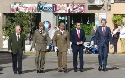 Brillante desfile militar e izada de bandera en La Línea con motivo del 40 aniversario de la Constitución (con galería de fotos)