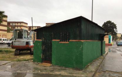 Infraestructuras acomete la demolición y retirada de un quiosco en Torres Quevedo