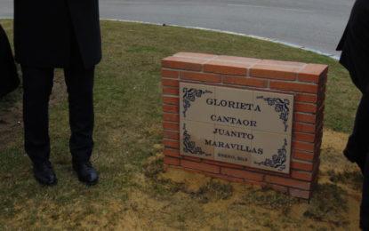 Inaugurada la glorieta con el nombre de Juanito Maravilla