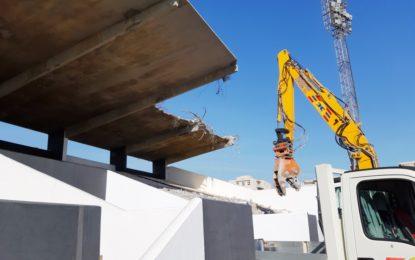 La demolición de la visera del estadio municipal cumplirá los plazos del contrato