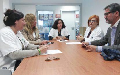 Arriaga se reune con los sindicatos que tienen representación en el Hospital de La Línea para conocer los problemas