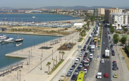 PODEMOS E IU proponen Aparcamientos disuasorios y autobuses lanzaderas para acceder a Gibraltar