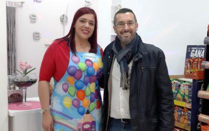 """El alcalde asiste a la pre inauguración de la nueva tienda """"La esquinita de Ana y Lola"""""""