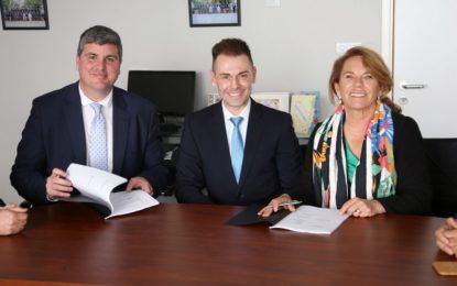Gibraltar firma un acuerdo con el proveedor de atención sanitaria español Quirónsalud