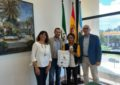 El alcalde ha recibido a un alumno del IES Mediterráneo que ha participado como embajador de España dentro del programa Erasmus