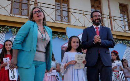 "Gema Jiménez Álvarez, de ""La Puñetera"", se ha convertido en la nueva Reina Infantil de la Feria de La Línea"