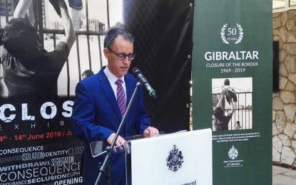 Inaugurada en Gibraltar la exposición que conmemora los 50 años del cierre de la frontera