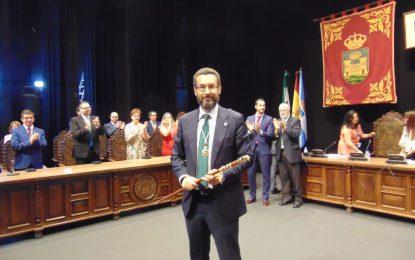 Juan Franco asume la alcaldía con nuevos retos para los próximos cuatro años (con galería de imágenes y video)