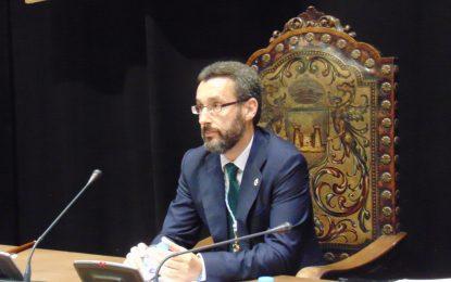 El alcalde felicita a Interior por la evolución del Plan de Seguridad e incide en la necesidad de adoptar medidas de carácter social