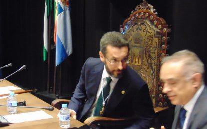 El alcalde confía en que La Línea de la Concepción sea objetivo prioritario de actuación en las conversaciones entre los gobiernos de España y el Reino Unido ante el Brexit