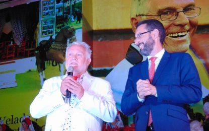Carlos Lara anuncia su adiós a los actos de Coronación de la Feria tras 45 años