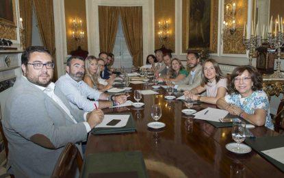 Irene García convoca a su equipo de Gobierno para trazar las primeras líneas de trabajo en la Diputación