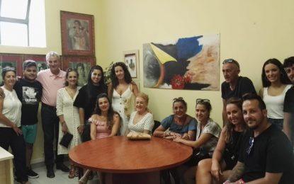 Momo Valle Lima se reúne con todas las academias de baile de La Línea