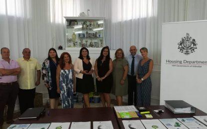 Charla sobre los riesgos potenciales para los inquilinos de Laguna Estate en Gibraltar